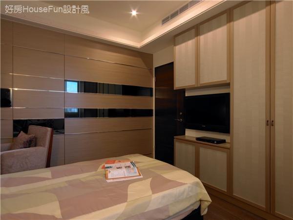 現代中國風。冠德景上靜。,臥室