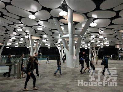 好房網租屋-火車站捷運R11出入口邊間有機位套房獨洗照片8