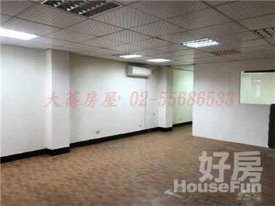 好房網租屋-近大橋頭捷運站~二樓辦公室照片4
