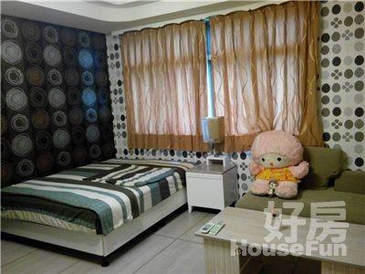 好房網租屋-可短租養寵物永和捷運超美房42寸液晶加大沙發照片1