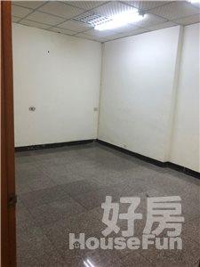 好房網租屋-東門國小透天店面連加蓋約50坪前後逃生通暢照片4