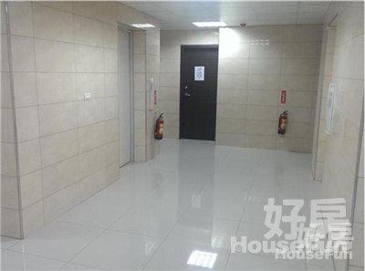 好房網租屋-【電梯】永安捷運5分鐘、陽台落地窗、採光套房照片9