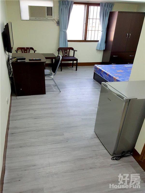 好房網租屋-中平路環太東路東平路《電梯和室設備全新裝潢照片2