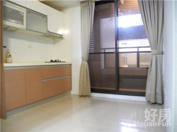 好房網租屋-七期中港theone飯店式小豪宅價格好談照片5