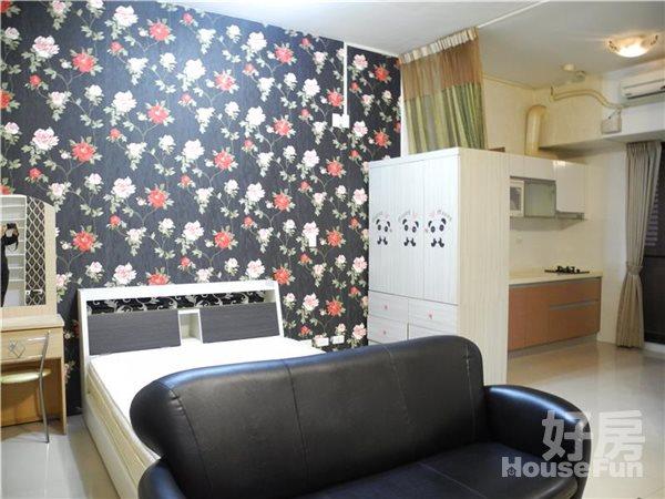 好房網租屋-七期中港theone飯店式管理小豪宅照片1