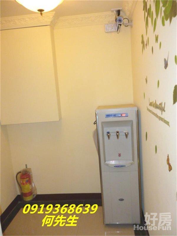 好房網租屋-慈惠119A 個人洗衣機 流理台 沙發 監理站照片8