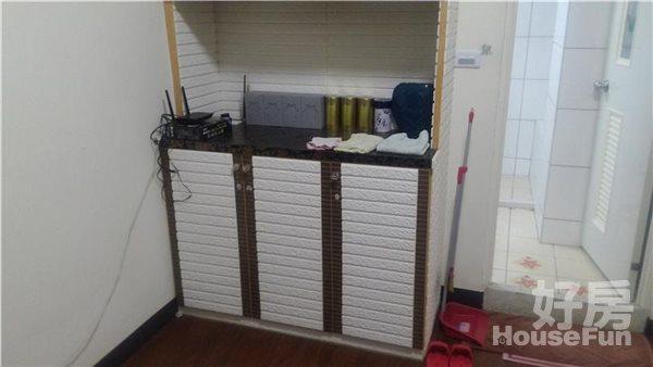 好房網租屋-福星公園旁精緻2房附家具家電有獨立廚房照片3