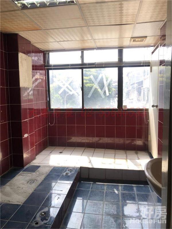 好房網租屋-近大橋頭捷運站~二樓辦公室照片8