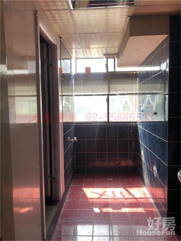 好房網租屋-近大橋頭捷運站~二樓辦公室照片7