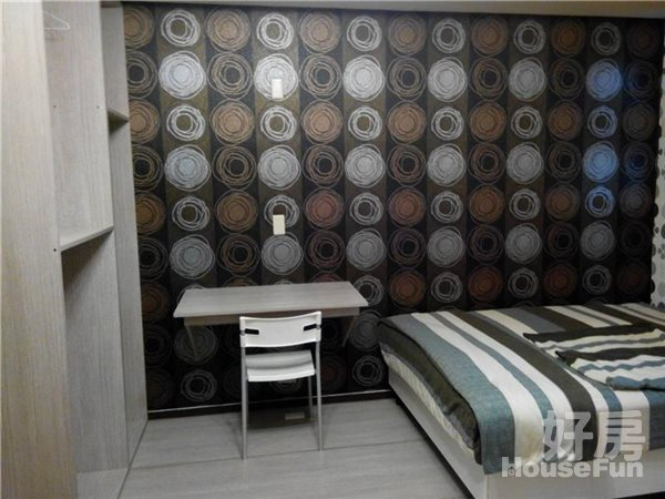好房網租屋-可短租養寵物永和捷運超美房42寸液晶加大沙發照片3
