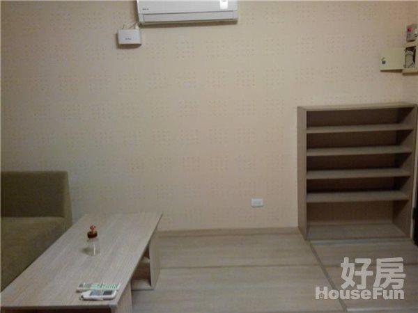 好房網租屋-可短租養寵物永和捷運超美房42寸液晶加大沙發照片4