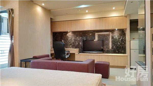 好房網租屋-❤❤精緻美感,豪宅級正一房;逢甲週邊第一指名社區!照片3