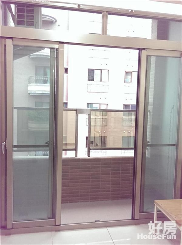好房網租屋-【電梯】永安捷運5分鐘、陽台落地窗、採光套房照片4