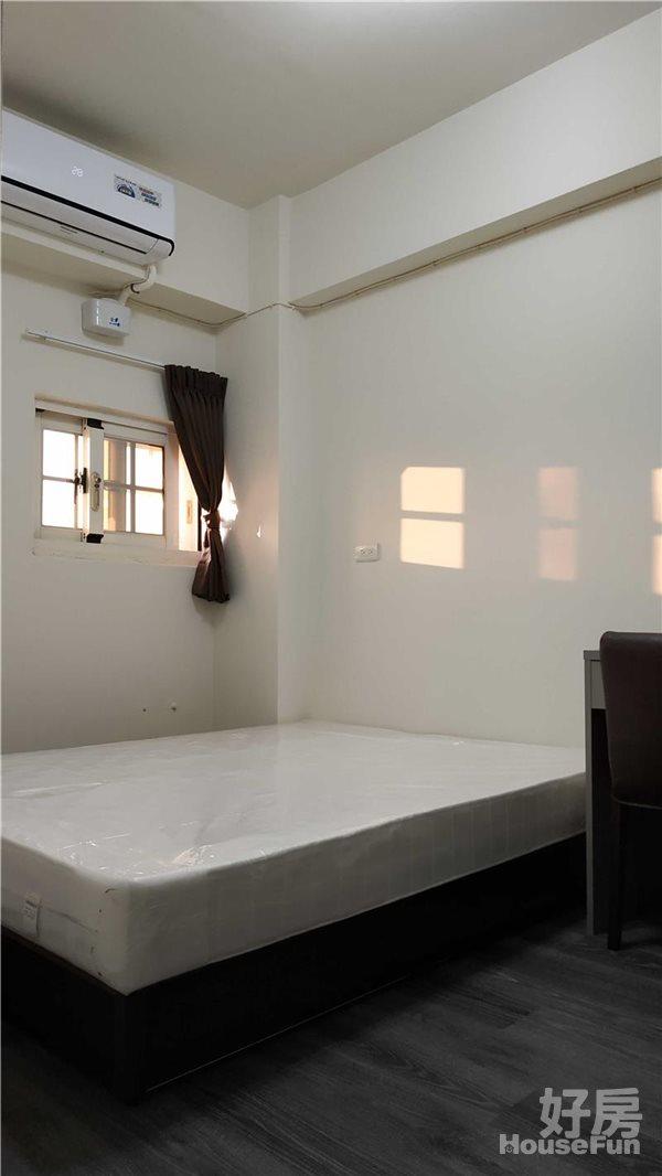 好房網租屋-❤❤典雅裝潢,全新落成未住,傢俱齊全,豪宅級2房!照片7