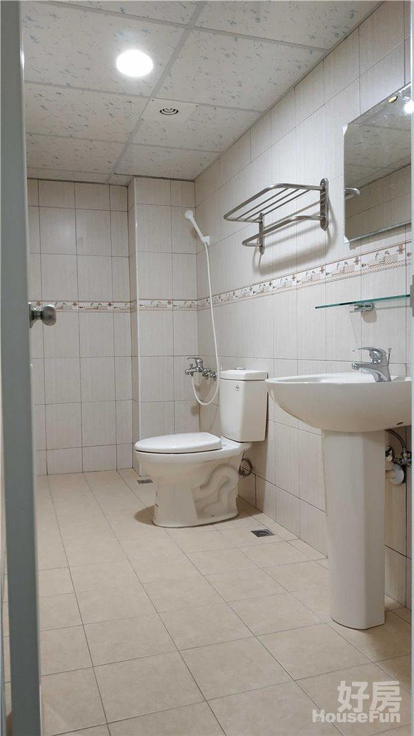 好房網租屋-❤❤典雅裝潢,全新落成未住,傢俱齊全,豪宅級2房!照片9