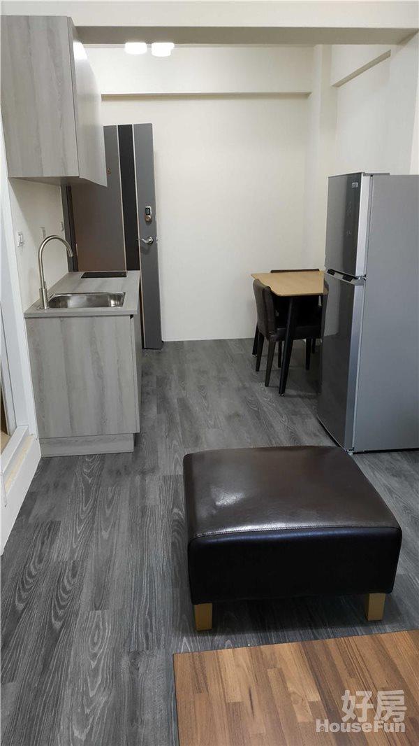好房網租屋-❤❤典雅裝潢,全新落成未住,傢俱齊全,豪宅級2房!照片13