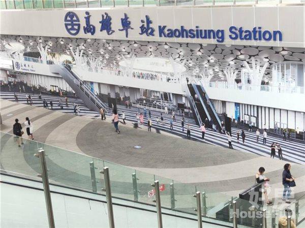 好房網租屋-火車站捷運R11出入口邊間有機位套房獨洗照片4