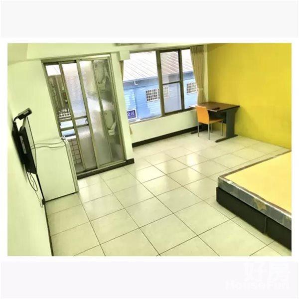 好房網租屋-電梯寬敞享受空間裝潢_陽台景觀照片1